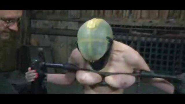 Mejor porno sin registro  Rubia sexdoll es follada peliculas español latino porno muy duro escena 1