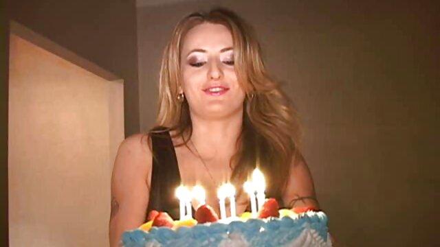 Mejor porno sin registro  J15 Joven modelo adolescente - videos xxx audio español latino Kylie 18yo
