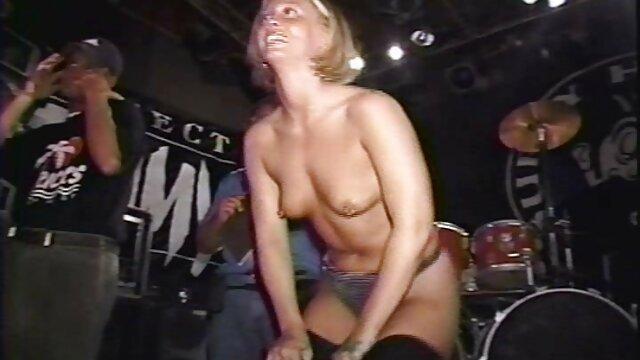 Mejor porno sin registro  Anissa Kate dentro y fuera de videos xxx español latino la lencería rosa