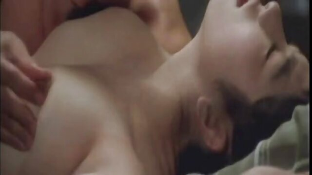 Mejor porno sin registro  Pelirroja amateur porno pelicula en español latino con curvas follada